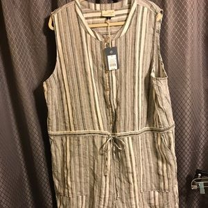 NWT gray and white romper